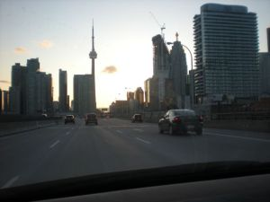 Road - Cn Tower